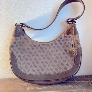 🌸 Vintage Dooney & Bourke Hobo Purse w/ Leather